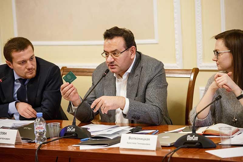negocios-apoyo-gobierno-moscu-sesion-business-russia-club