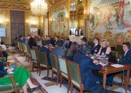 bolsa-contactos-madrid-rusia-sesiones