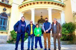 Eduard Gulyan con directivos de bodegas Iniesta